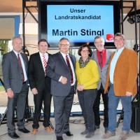 Martin Stingl (3. von links) erhielt die Stimmen aller Delegierten.